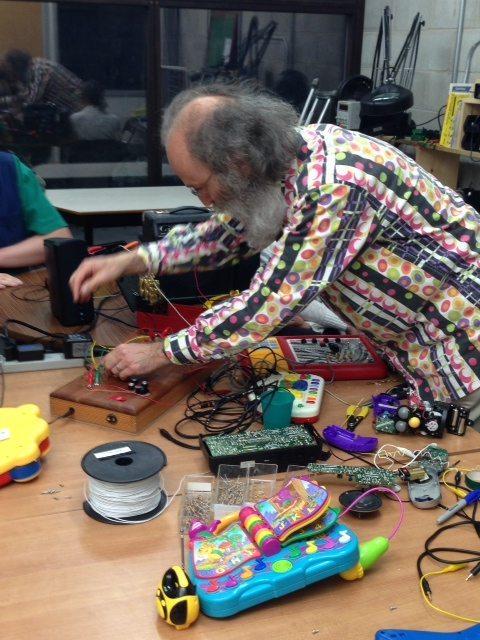 circuit bending workshop